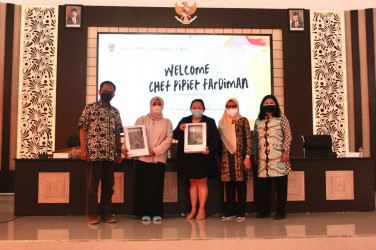 "Chef Pipiet: ""SMK Negeri 2 Malang Harus Go Internasional!"""